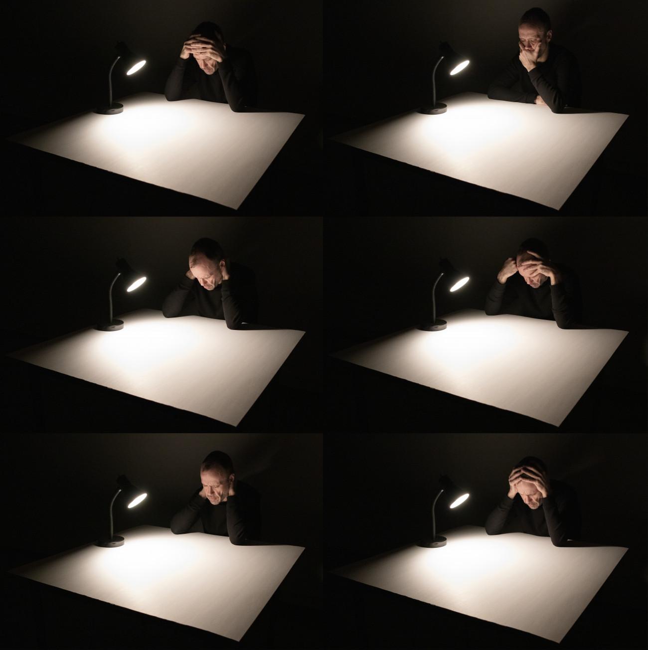 Steve Giasson. Performance invisible n° 213 (S'inquiéter / Travailler). Reenactment de Neša Paripović. Bez naziva [Sans titre]. 1975. Performeur : Steve Giasson. Crédit photographique : Martin Vinette. Retouches photographiques : Daniel Roy. 24 février 2020.